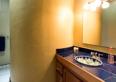 #54CDM BATHROOM 2