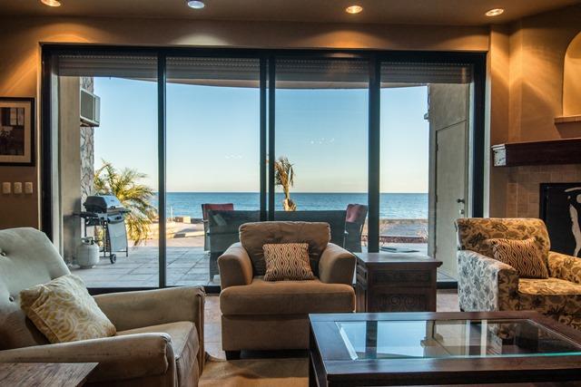 102 Pelican Beach