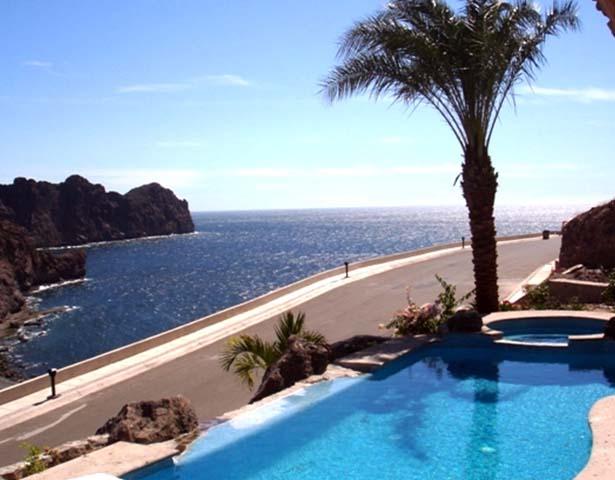 4 Bahía El Encanto