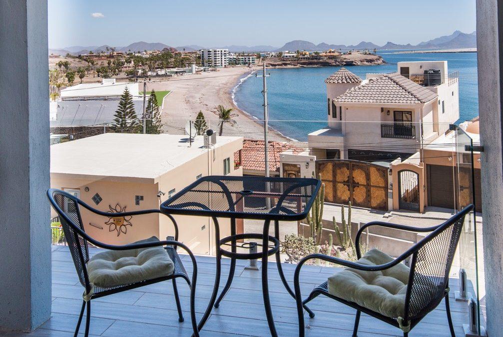Apartment #4, Vista del Mar Apartments